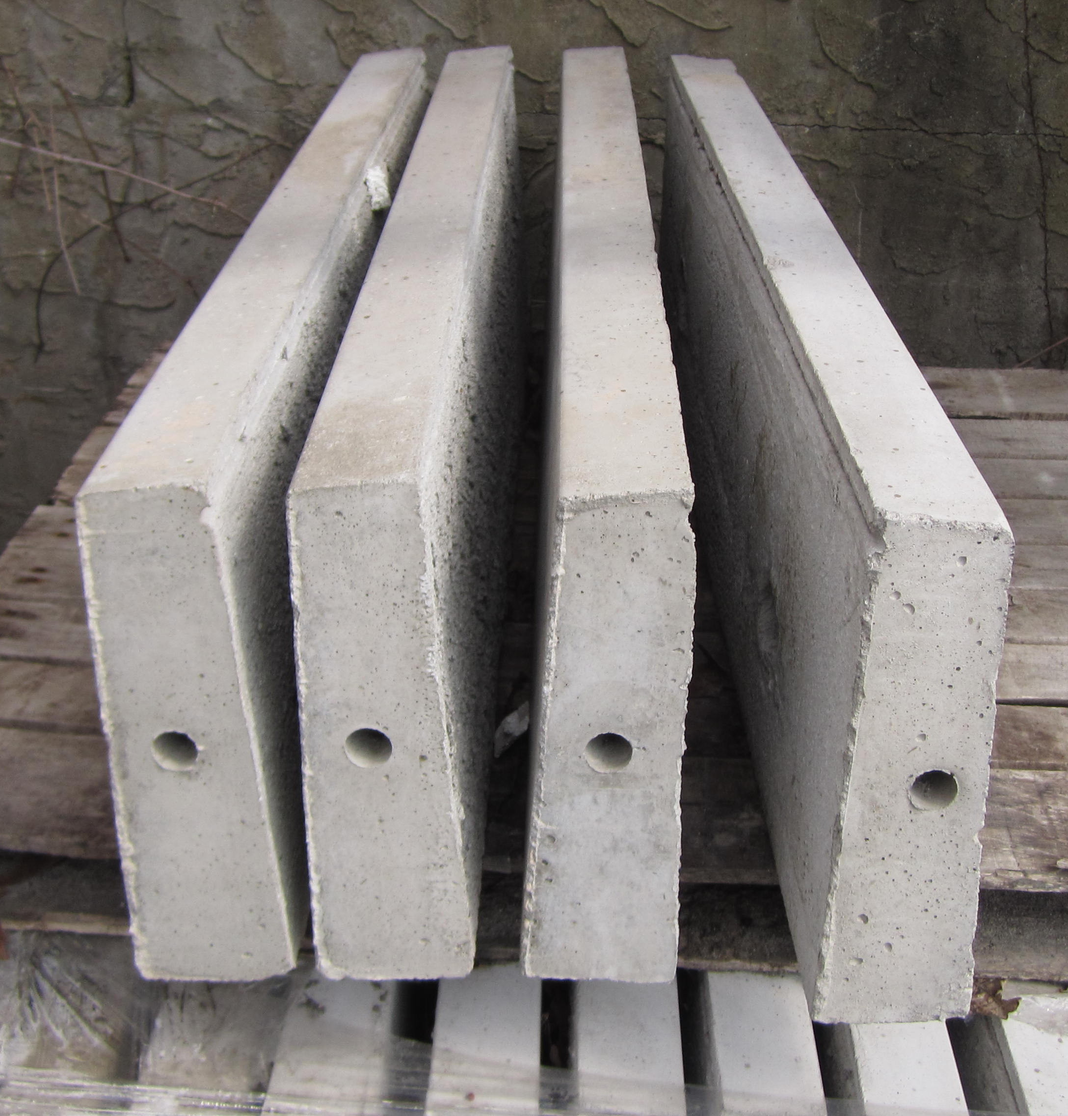 Precast Concrete Coping : Masonry depot new york tapered coping